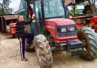 НАЈГОРЛИВИОТ ПРОБЛЕМ ЗА ЗЕМЈОДЕЛЦИТЕ СЕ НИСКИТЕ ОТКУПНИ ЦЕНИ НА ПРОИЗВОДИТЕ , вели Васко Неделковски млад земјоделец од селото Вашарејца