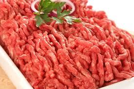 Продавале пилешко наместо свинско и говедско – казни за 5 оператори со храна