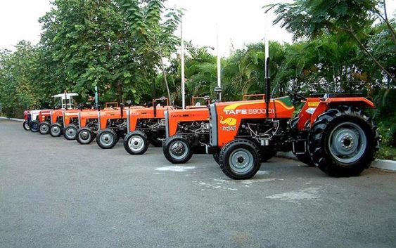 Голем интерес за набавка на трактори и механизација