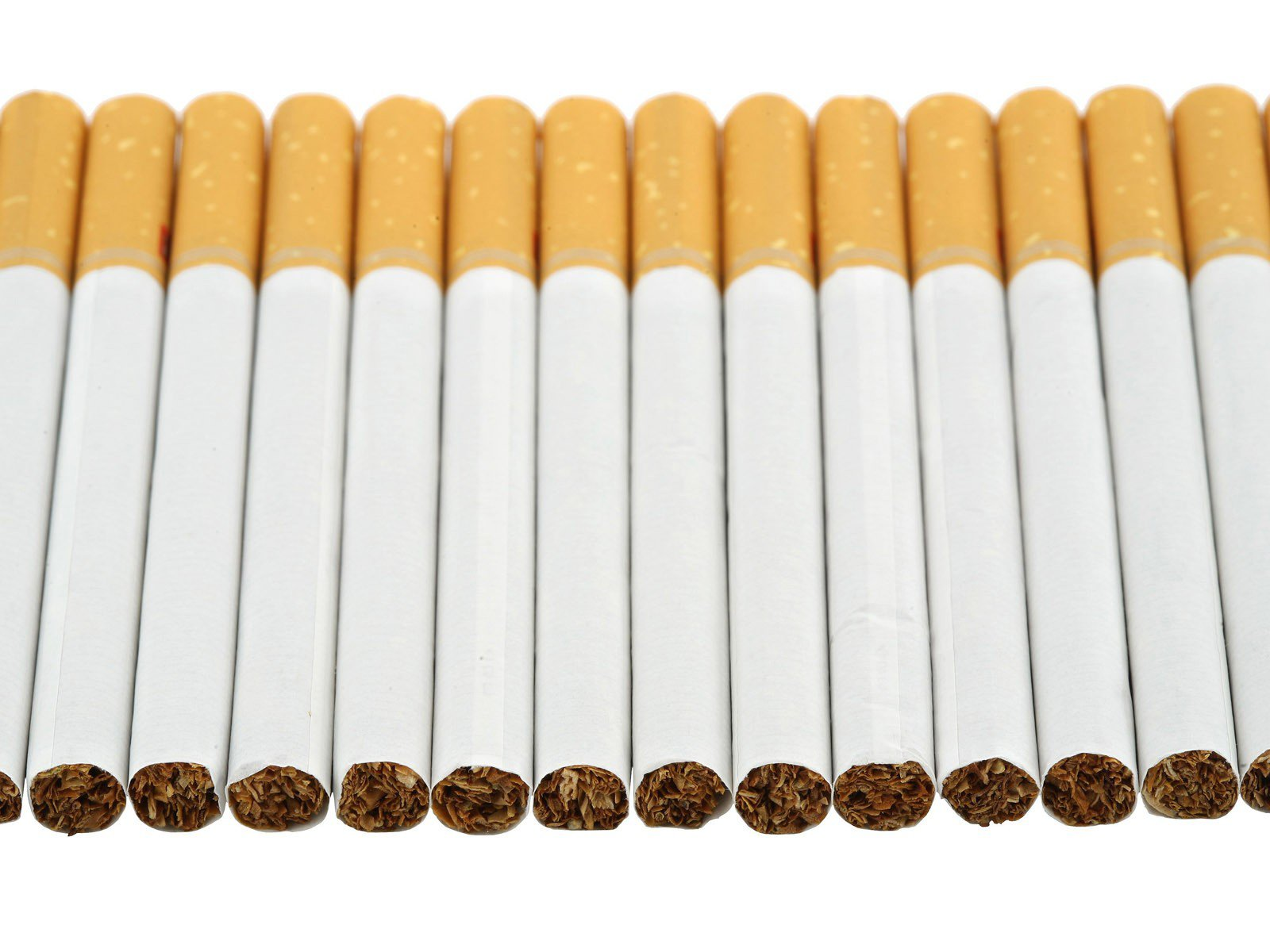 Photo of Наскоро поскапуваат цигарите во Македонија
