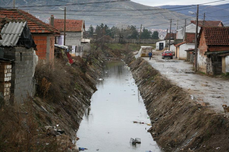Photo of Привршува чистењето на речните корита и каналите во Прилеп