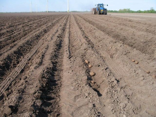 Photo of Стартува проектот за адаптација на земјоделството на климатските промени