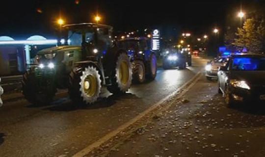 Photo of Незадоволните земјоделци го блокираа градот Ван во Бретања