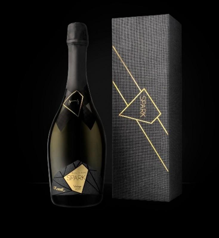 spark 2010 novo penlivo vino na pazarot od vinarijata kamnik