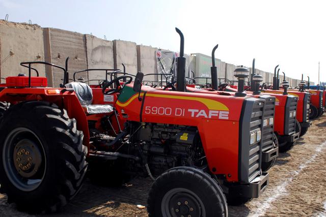Photo of Тракторите ќе носат налепници и ќе се регистрираат на шест години