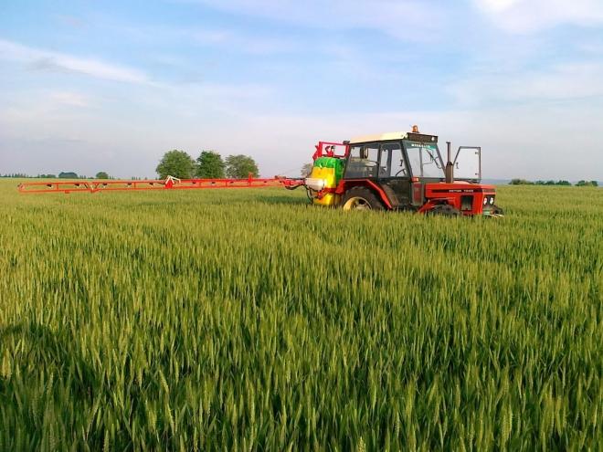 Photo of Земјоделците кои имаат фирми ќе можат да увезуваат пестициди и семиња