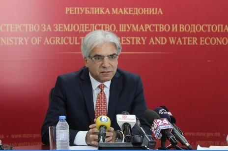 Photo of Цветков со 3 предлози за заштита на откупната цена на пченицата