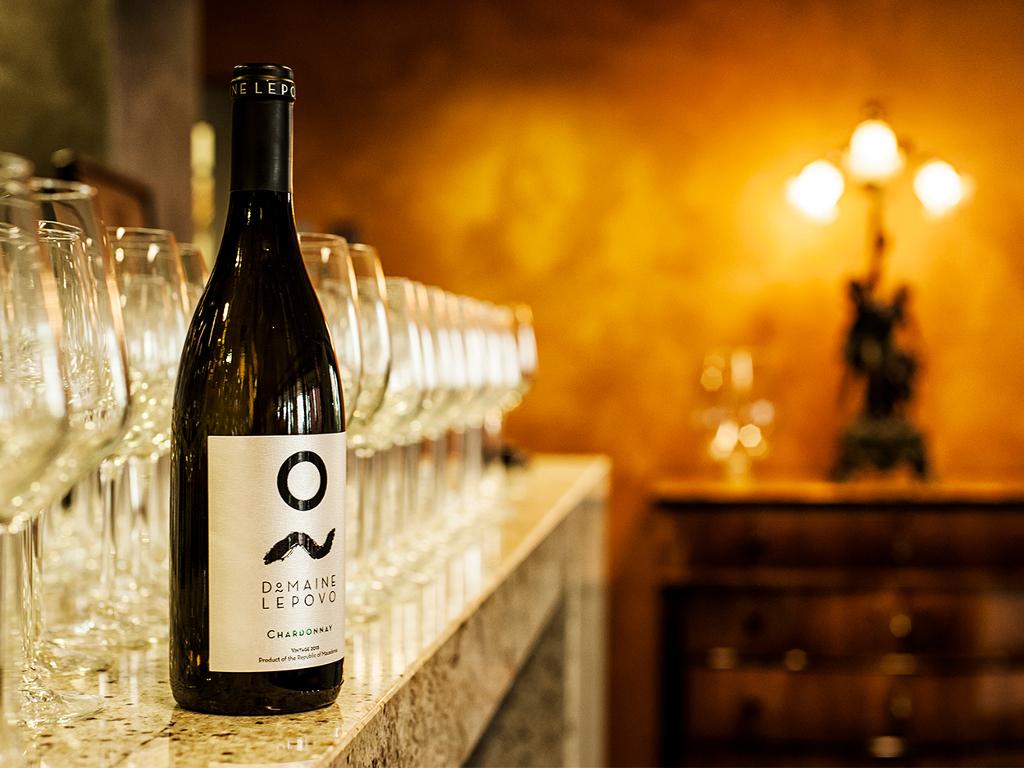 grand kuve na domen lepovo svetski shampion megju crvenite vina