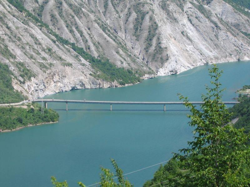 Photo of Дебарско Езеро збогатено со 50.000 речни пастрмки