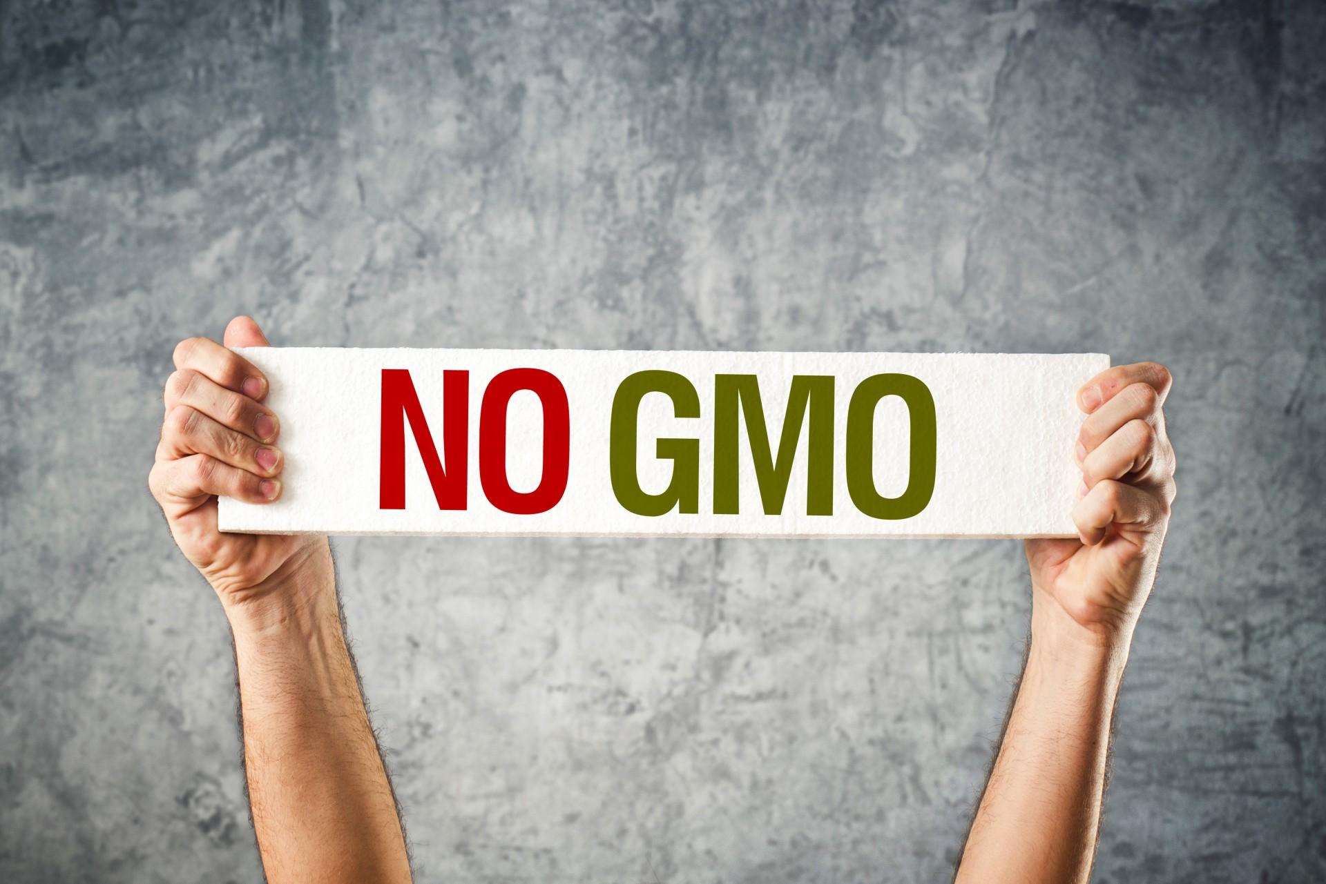 Photo of ЕУ забранува одгледување на 3 вида ГМО