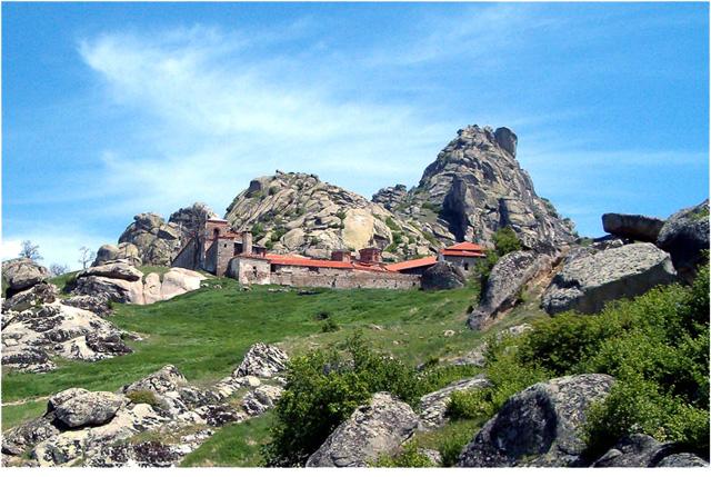 Photo of Ќе се заштитува архитектурата на црквата во манастирот Трескавец