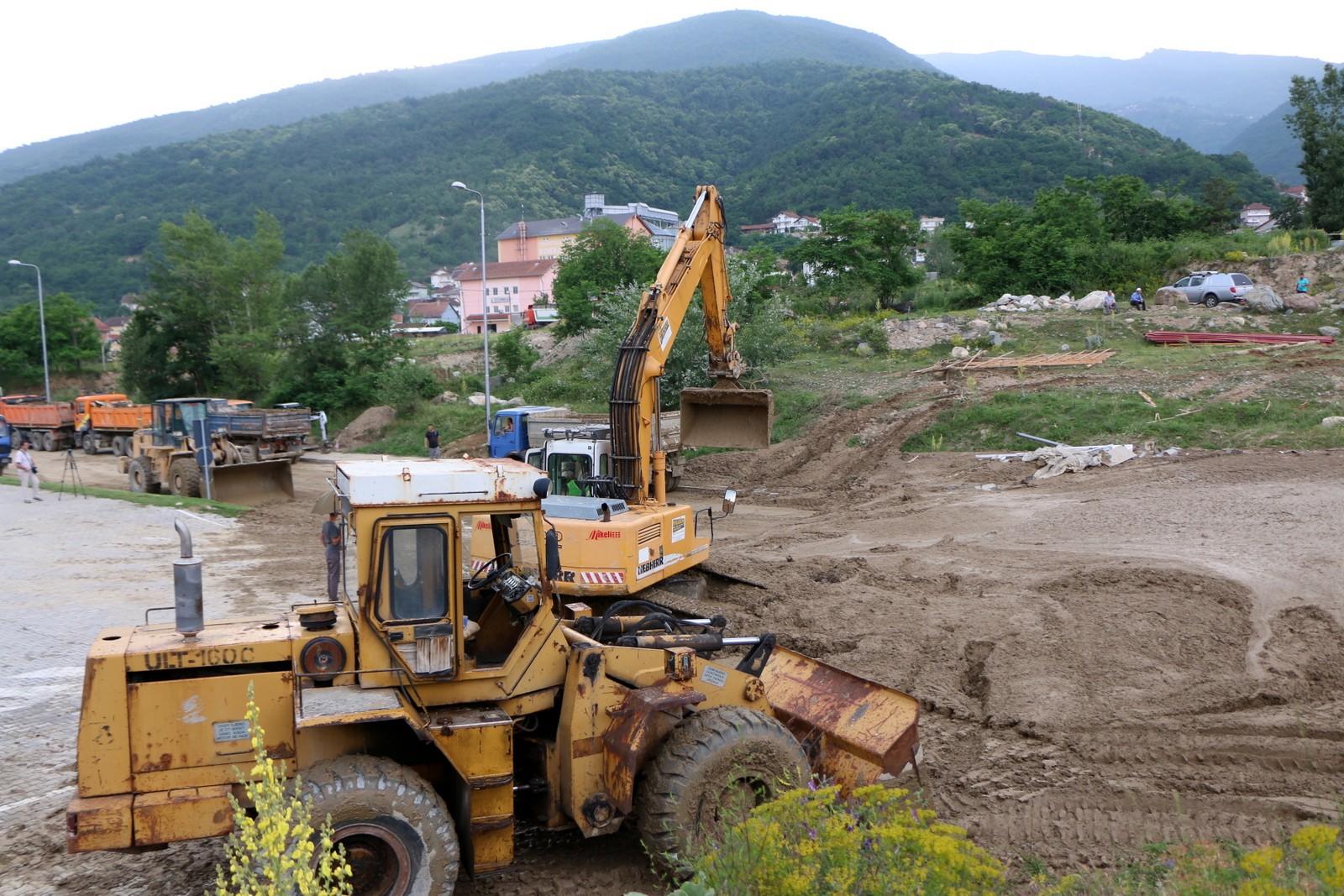 Photo of САНАЦИЈА НА ШТЕТИ: Ќе се обештетат земјоделците чии површини ги поплави во тетовскиот регион
