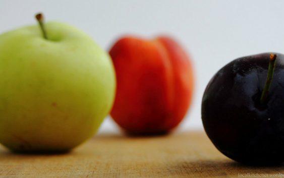 Непречена бербата на  сезонско овошје во Кумановско
