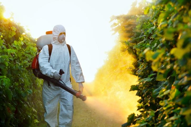 Photo of Правилна употреба на личната заштитна опрема при користење на пестицидите