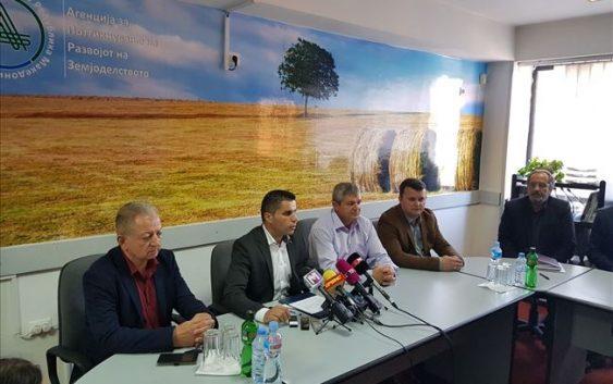 Николовски: Нема развој на земјоделството без едуцирани земјоделци