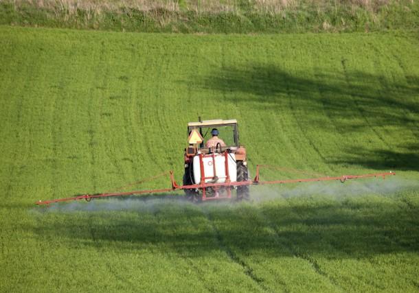 Photo of Николовски ветува зелена нафта за земјоделците