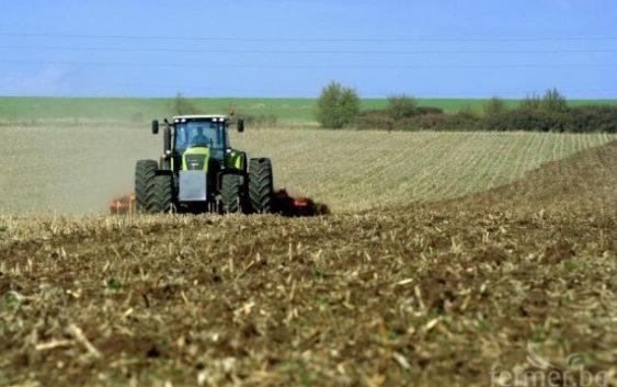 Турбулентна година за македонското земјоделство