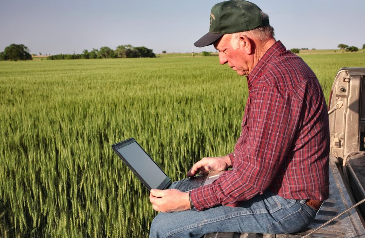 Photo of Без соодветно образование тешко  до развој на земјоделството