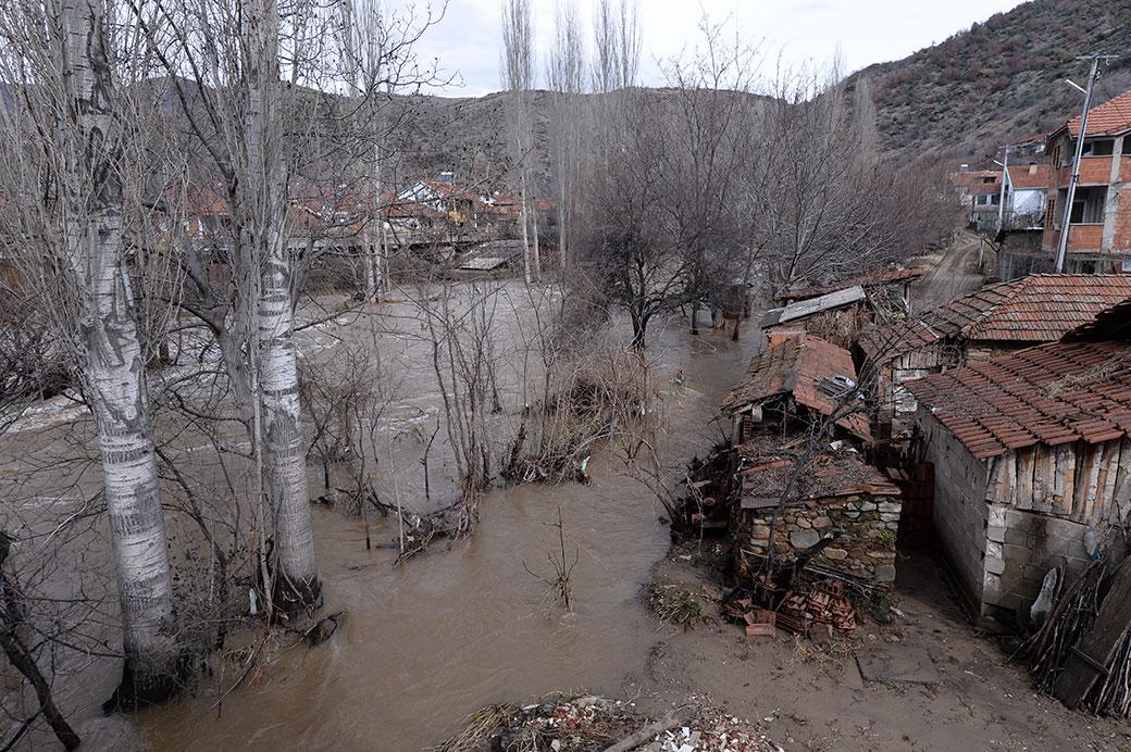 Photo of Земјоделците да ги пријавуваат штетите од поплавените посеви