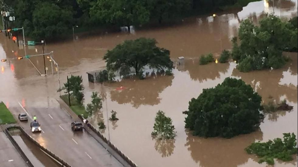 Photo of АХВ со препораки за заштита од заразни болести при поплави