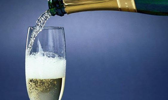 Франција од извозот на шампањ заработила 2,8 милијарди евра