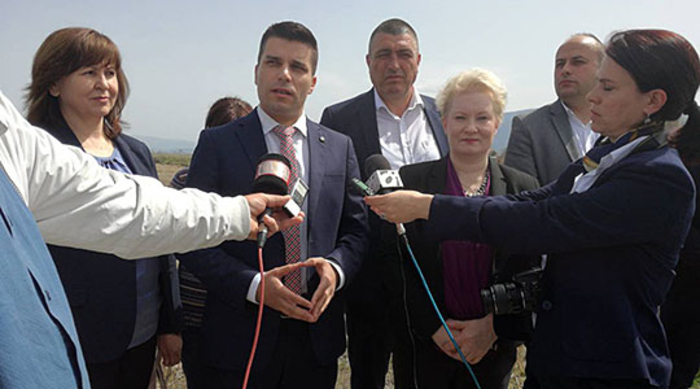 """Photo of Николовски: """"Зелената нафта"""" ќе дојде до земјоделците во најкус можен рок"""