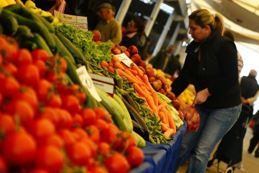 Photo of ПАЗАР ИЛИ МАРКЕТ: Од каде купувате овошје и зеленчук?