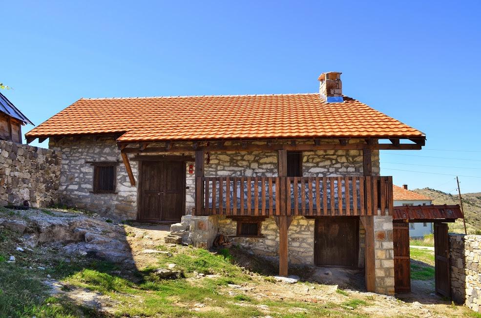 Photo of Ќе се доделуваат субвенции за селски куќи да се пренаменат во туристички цели