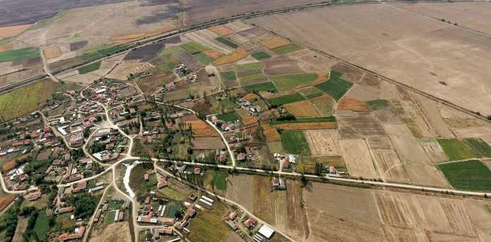 Photo of Николовски: Пет милиони евра годишно одат за исплата на штети во земјоделството