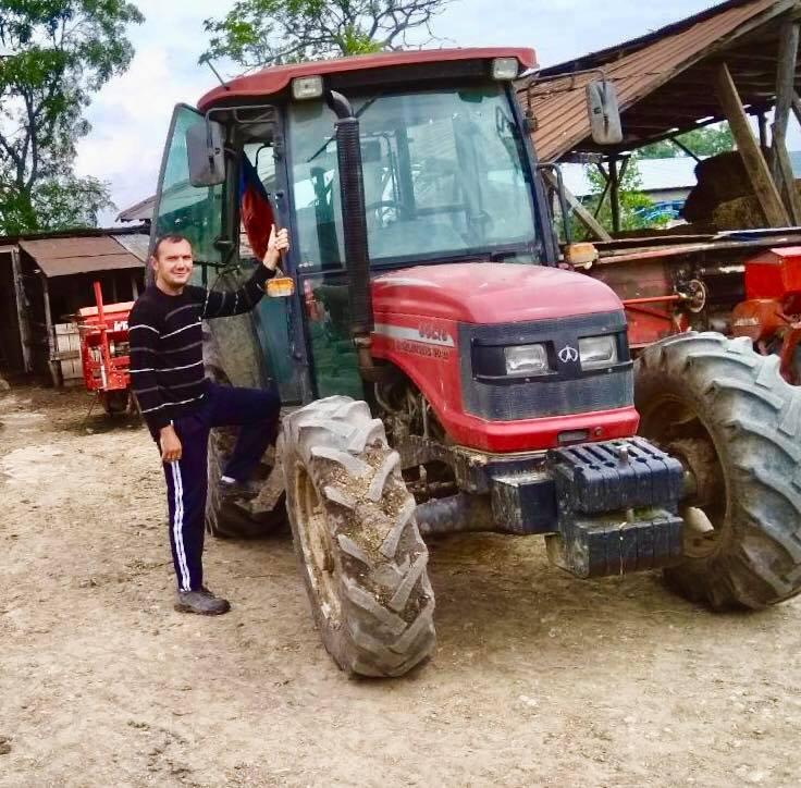 Photo of НАЈГОРЛИВИОТ ПРОБЛЕМ ЗА ЗЕМЈОДЕЛЦИТЕ СЕ НИСКИТЕ ОТКУПНИ ЦЕНИ НА ПРОИЗВОДИТЕ , вели Васко Неделковски млад земјоделец од селото Вашарејца