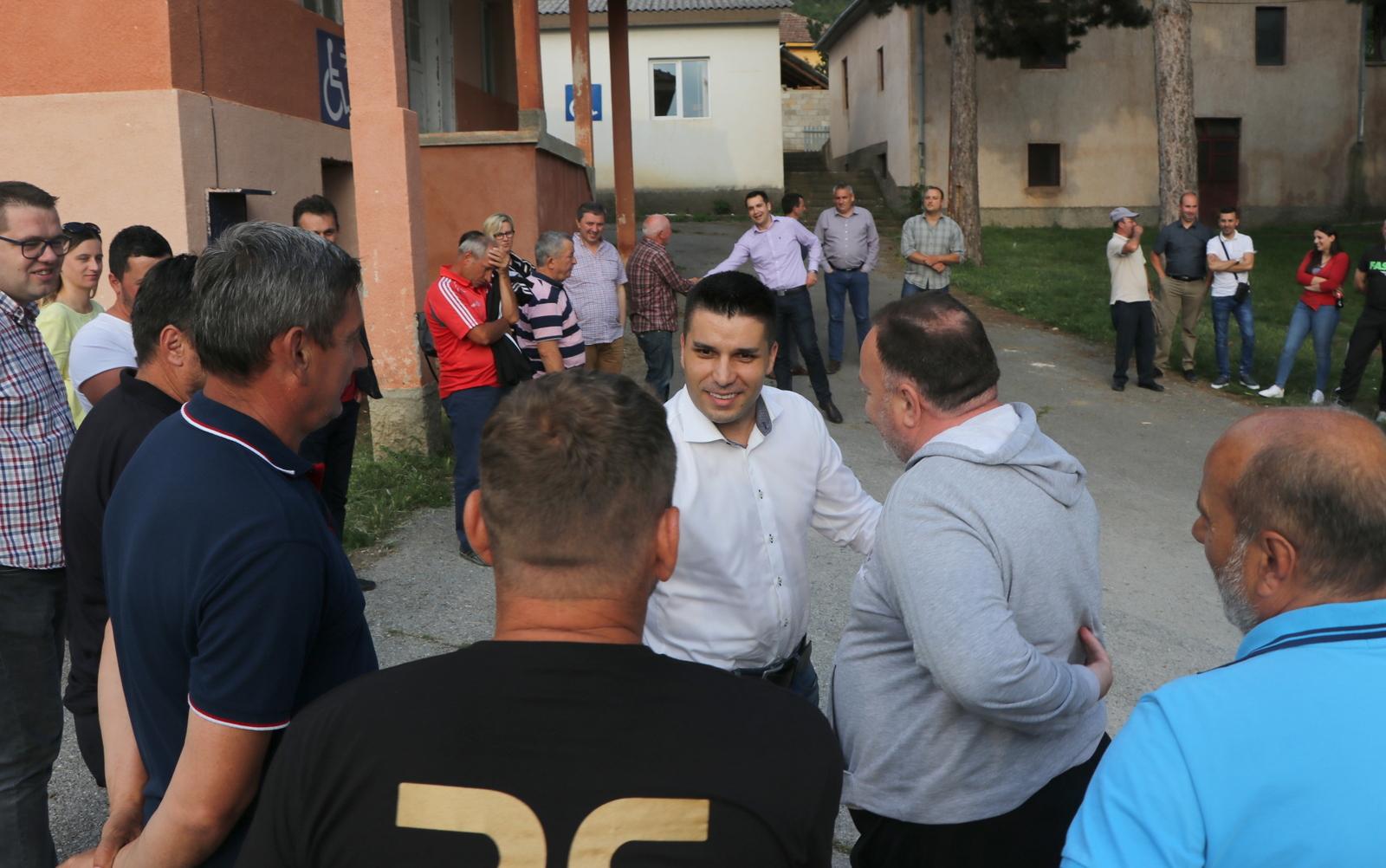 Photo of Николовски: Грижата за земјоделците и обезбедувањето повеќе пари кај граѓаните останува приоритет
