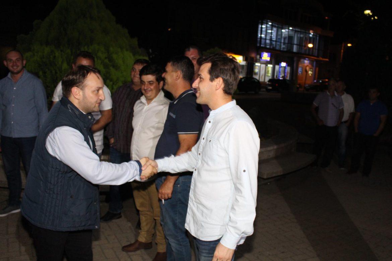 Photo of Кирацовски во посета на Кавадарци, Неготино и Росоман: Растотот во земјоделството ја  потврдува успешноста на мерките