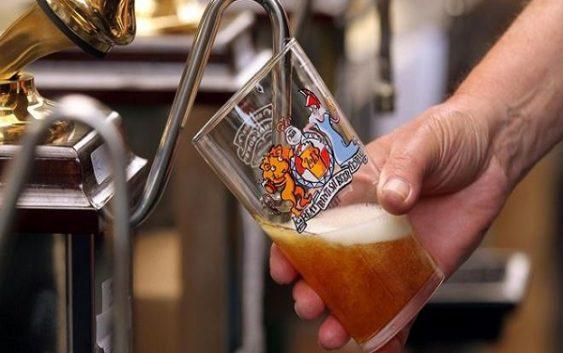 Градовите со најскапо и најевтино пиво во светот