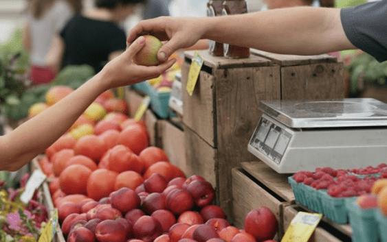 Трговците на зелени пазари ќе имаат легитимации кои ќе ги издава Комората на трговци