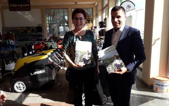 """Министерот за земјоделство Николовски ја посети """"Зелена берза"""" во Битола"""