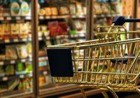 Зголемен промет во трговијата на мало со храна, пијалоци и тутун, намален кај горивата