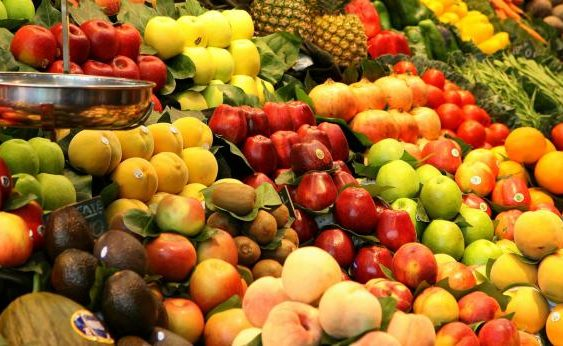 Поради увоз на овошје од ЕУ и продавање во Русија под истрага 80 луѓе во Србија