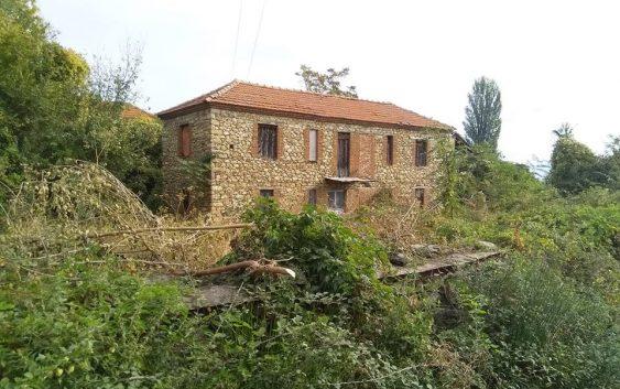 Црковна историја скриена во живописното село Велушина