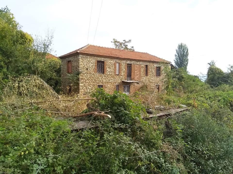 Photo of Црковна историја скриена во живописното село Велушина