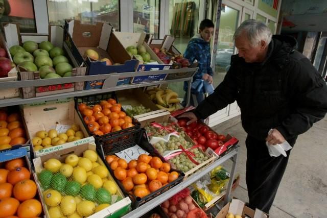 Photo of Српските бизнисмени од Косово: Не правете паника, ќе има храна!