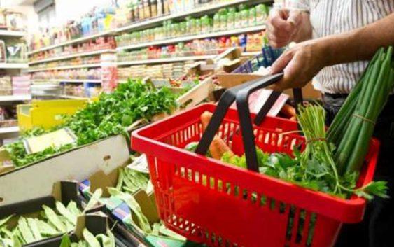 Порано со илјадарка можеше да се купат многу работи, сега една кеса продукти и пак е малку за еден ручек