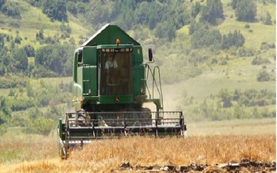 Анализа: И земјоделство и одговорно рударство за брз економски раст