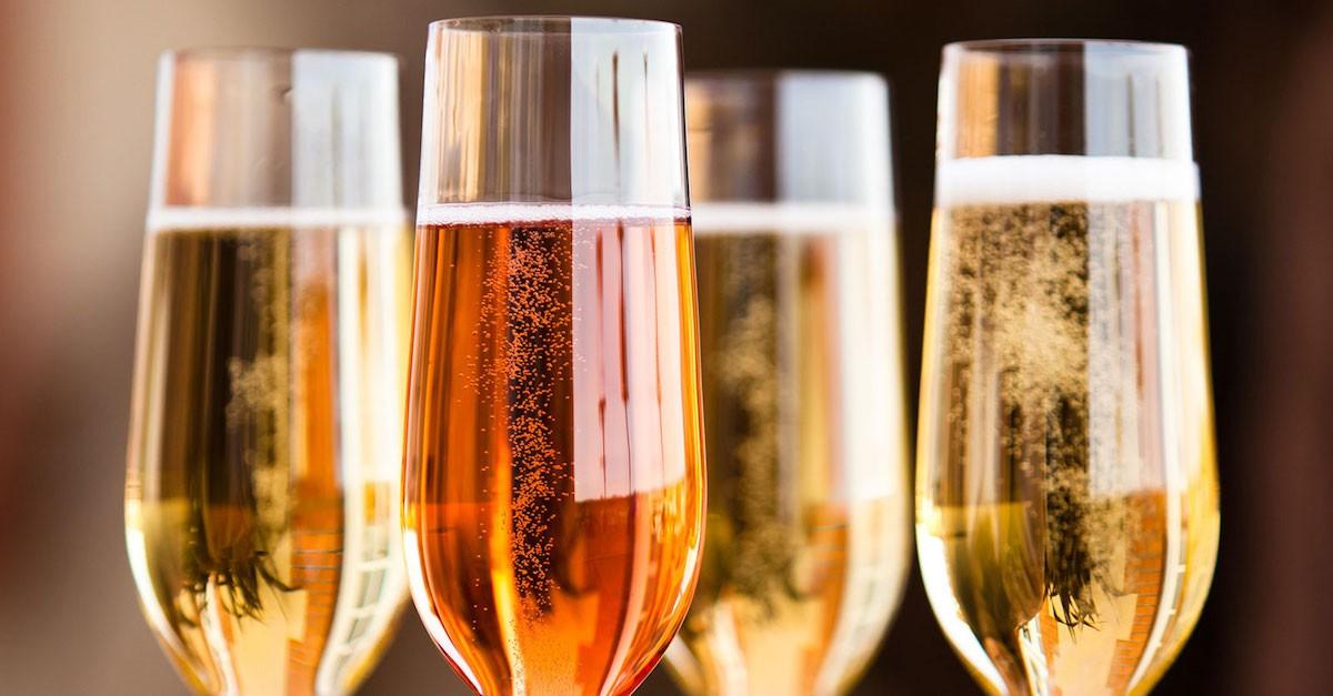Photo of НЕ САМО ПИЈАЛАК, ТУКУ КУЛТУРА: Во кои европски земји најмногу се пие пенливо вино