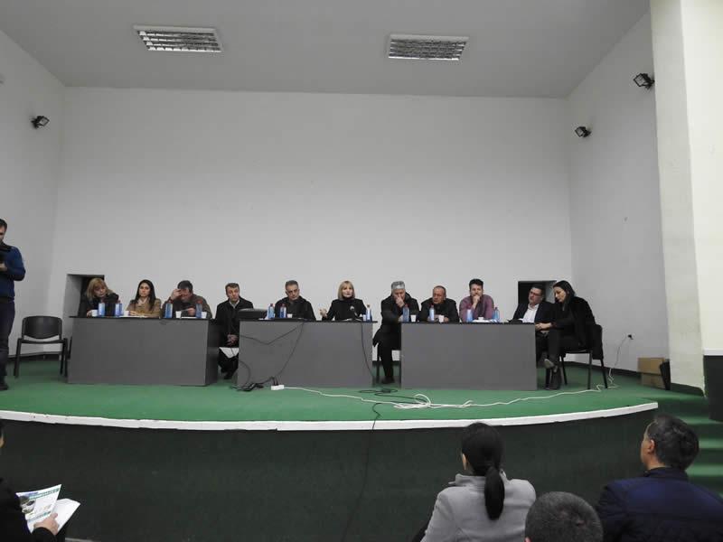 Photo of Ќе се врати ли сончогледот на македонските ниви?!