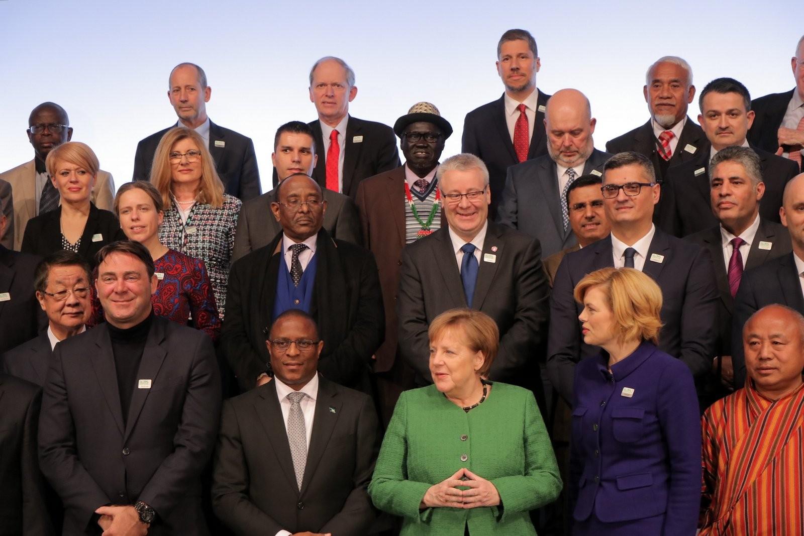 Photo of Министерот Николовски присуствуваше на состанокот на меѓународните министри со германската канцеларка Ангела Меркел