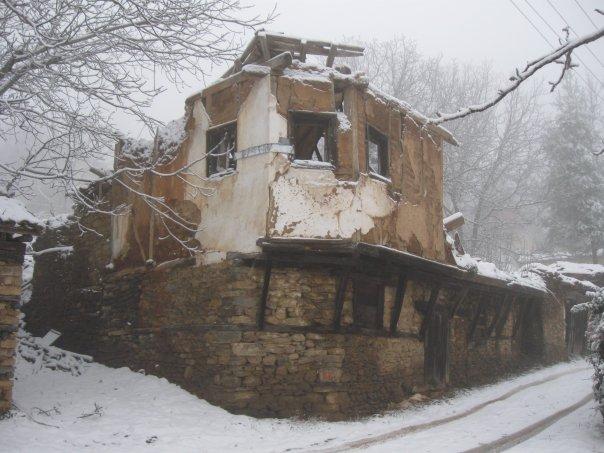Photo of Гопеш – Некогаш развиено гратче, денес напуштено село