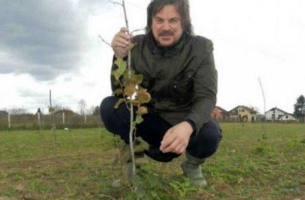 Photo of Фереро ги бара лешниците на Исламовиќ: Не можеле да поверуваат дека има такво нешто на Балканот