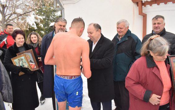 Богојавление – одбележан во сите храмови во општина Новаци