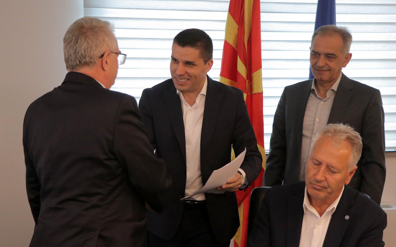 Photo of Потпишани првите договори  од последниот повик за ИПАРД 2
