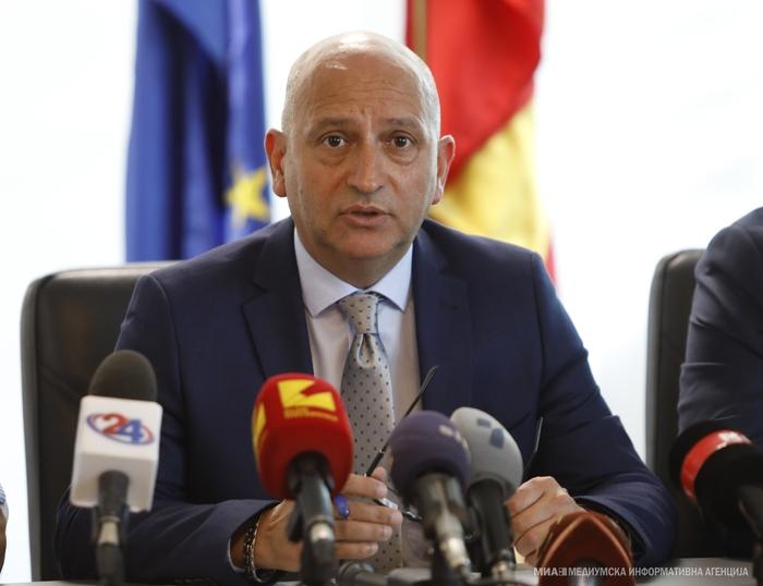 Photo of Димковски: МЗШВ не може директно да влијае на преговорите меѓу лозарите и винариите